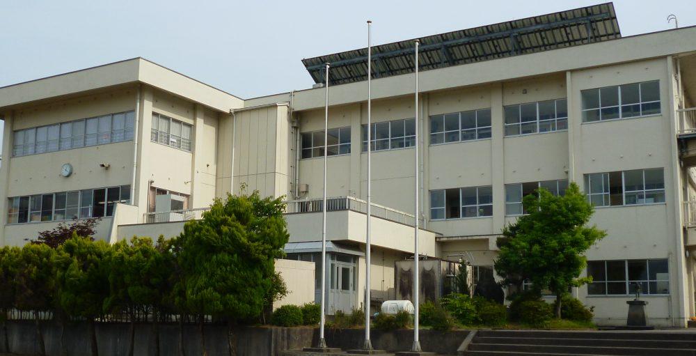 射水市立金山小学校
